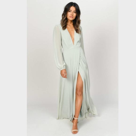 Tobi Dresses & Skirts - Tobi Cherish Me Long Sleeve Maxi Dress Sage NWT M